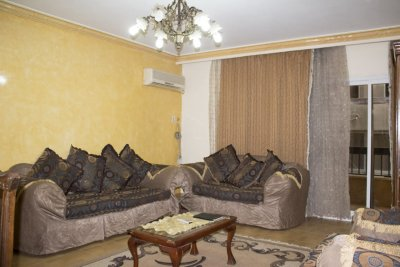 بجوار #طيبة_مول شقة مفروشة للايجار على طريق النصر بأبراج فخمة مدينة نصر()