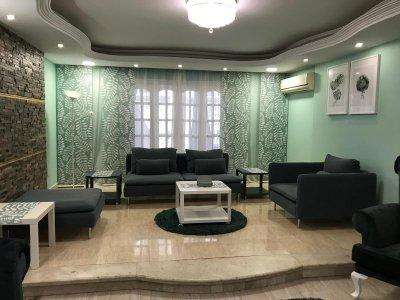 للسكن الفندقي شقة مفروشة للايجار بشارع راق