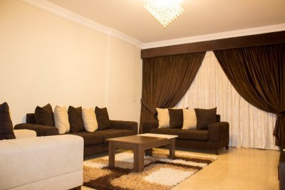 شقة للايجار بمدينة نصر مكرم عبيد--